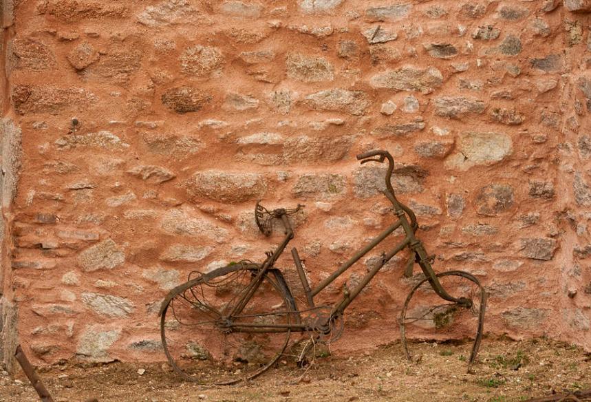 abandoned-bike-georgia-fowler